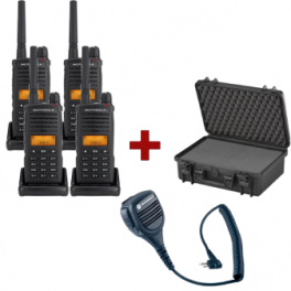 Quad-pack Motorola XT-660 + 4 speakermicrofoons + draagkoffer
